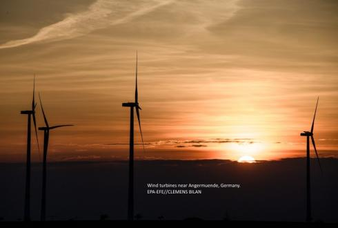 Wind turbines near Angermuende, Germany. EPA-EFE//CLEMENS BILAN